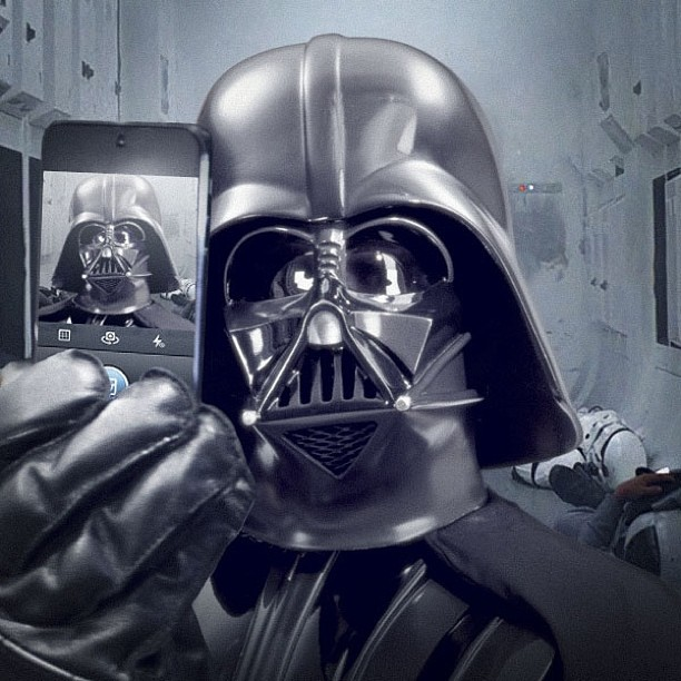 Дарт Вейдер сделал селфи в Instagram: появился блог «Звездных войн»