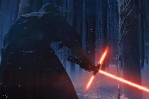 Шлем Кайло Рена из фильма «Звездные войны: Пробуждение Силы»
